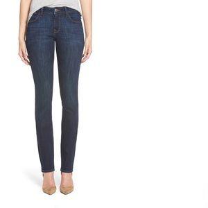 ❤️DL1961 GRACE slim straight leg Jean 26❤️EUC❤️